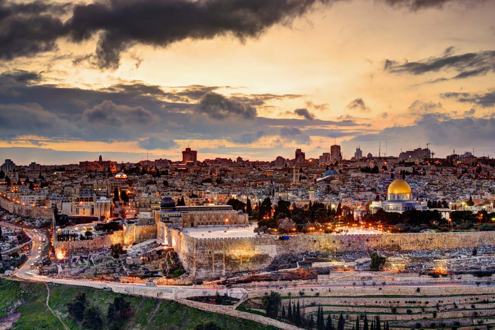ISRAEL: É UM PROBLEMA OU A SOLUÇÃO?